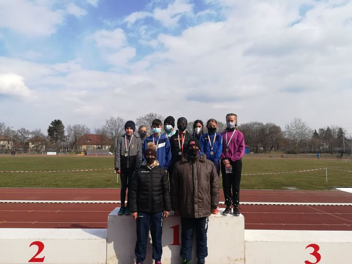 Sport XXI Csepeli DAC győztes csapata és edzőik